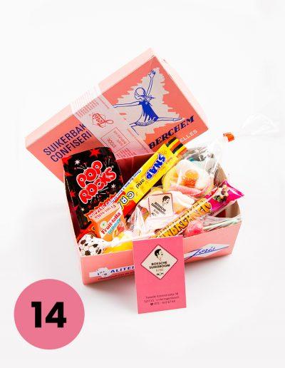 Verjaardagscadeau, een doosje gevuld met een mix aan kindersnoep vanaf €10,=*